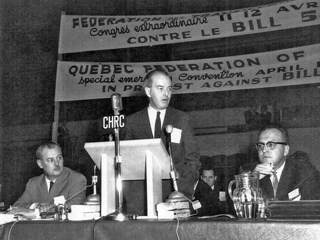 Members of the Fédération des travailleurs du Québec (FTQ) meeting during a special congress