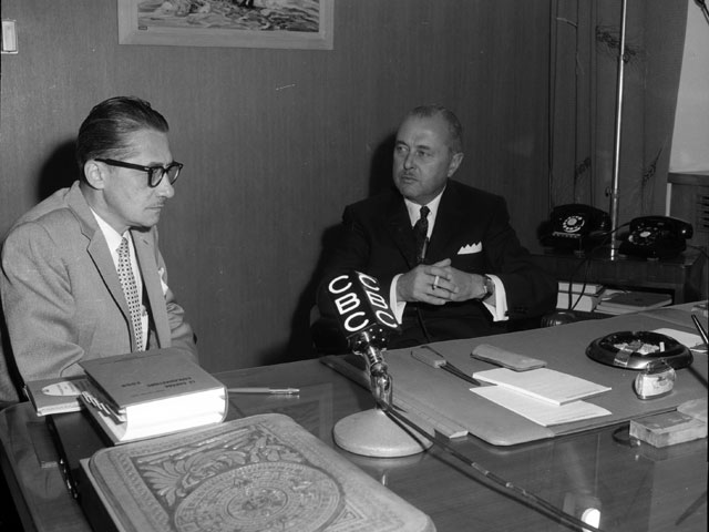 First press conference given by Paul Sauvé in the capacity of Premier of Quebec in 1959