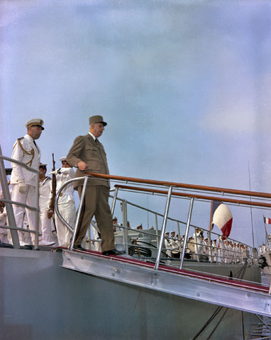 General Charles de Gaulle arriving at the Port of Québec aboard the admiral-ship Colbert on July 23, 1967